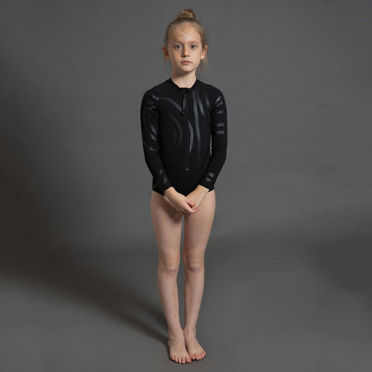 Nununu CIRCLE LONG SLEEVED SWIMSUIT L [BLACK]