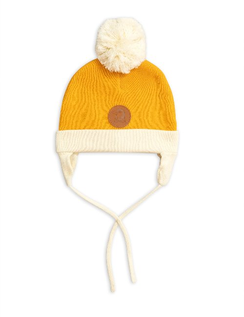 Penguin baby hat( Yellow)