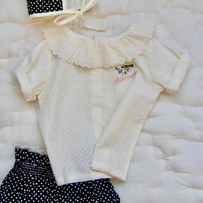 Baby flounce blouse with embroidery(Ecru dot voile)