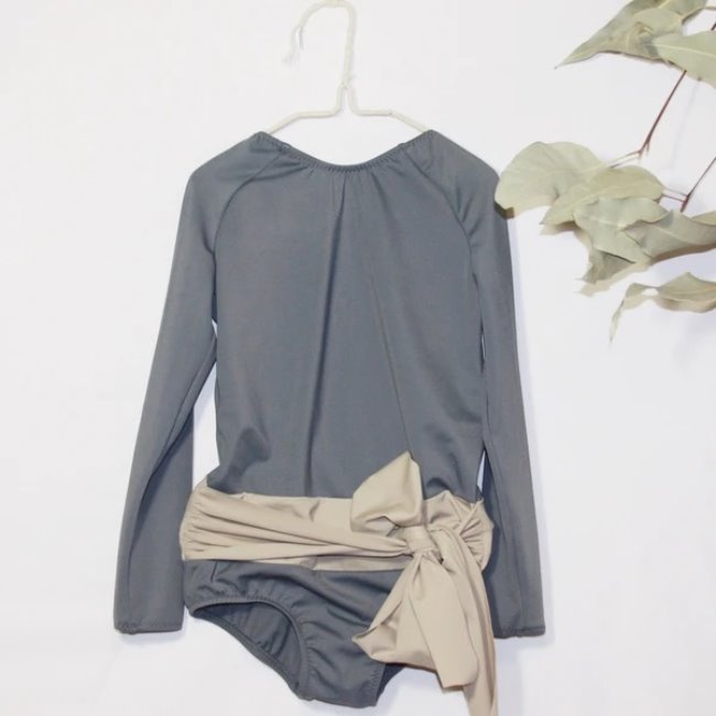 LONG SLEEVE CALA SWIMSUIT IN GREY